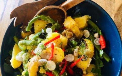 Kartoffelsalat mit frischen Böhnchen und Radieschen