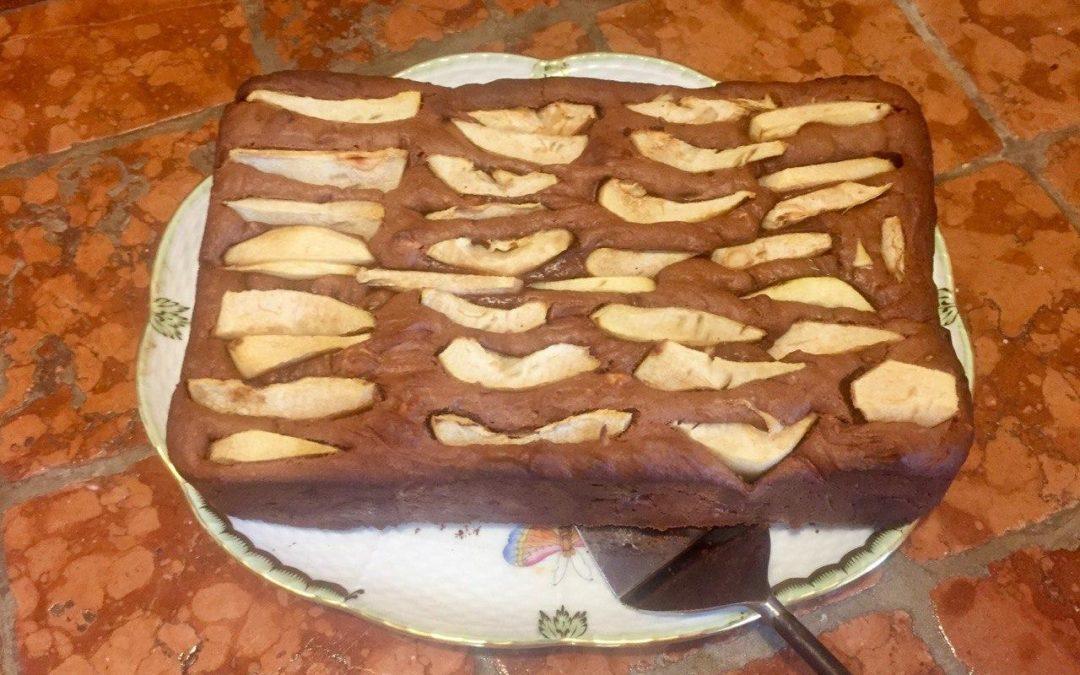 Saftige Brownies mit Bananen & Birnenstiften – schnell und vegan
