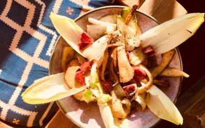 *** Nur Maxi *** Zarter Chicorée-Salat mit gebratenen Kräuterseitlingen und Blutorange