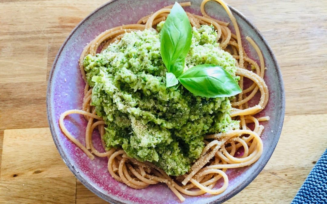 Grüne Spaghetti für Kids & Co.
