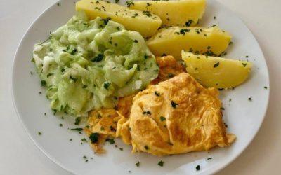 *** Nur Maxi *** Kartoffeln mit Gurkensalat und fluffigem Rührei- Für Groß und Klein